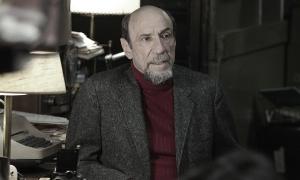 F. Murray Abraham en el papel de Bud Grossman (Foto: Alison Rosa © 2012 Large Strange Trip)