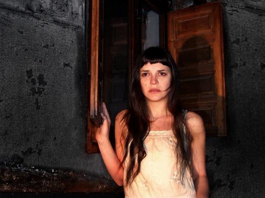 Camille y su sombra (Foto: Patricia Domínguez del Pino)