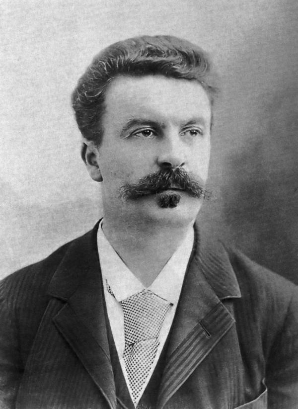 Guy de Maupassant fotografiado por Felix Nadar en 1888 /
