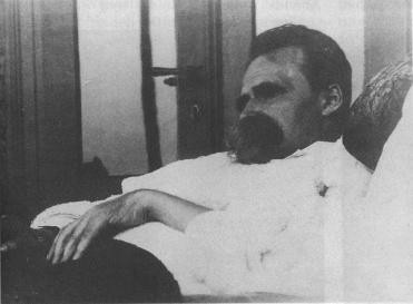 Nietzsche en sus últimos días / Fuente: Rafael Narbona http://rafaelnarbona.es/?p=24